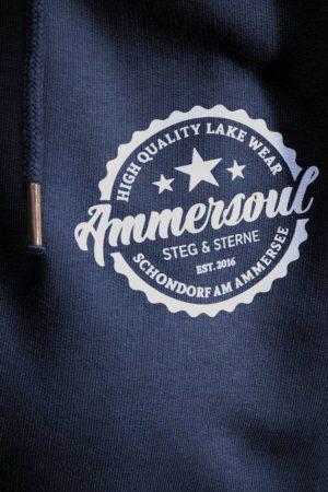 Ammersoul_Zipper_Herren_Navy_Front_Detail_72dpi